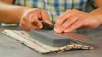 Sharpening-Stone-Usage-Guideline
